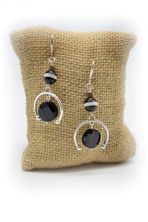 Σκουλαρίκια με μαύρο όνυχα και δίχρωμο αχάτη
