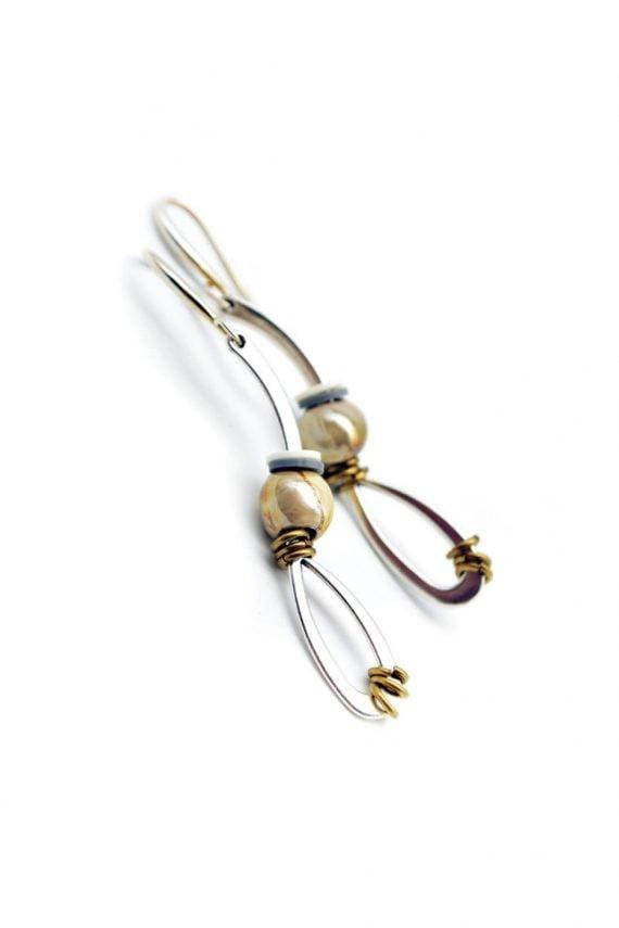 Γεωμετρικά σκουλαρίκια με κεραμικό στοιχείο